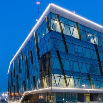 Aziende: SIMES SpA, luce per l'architettura