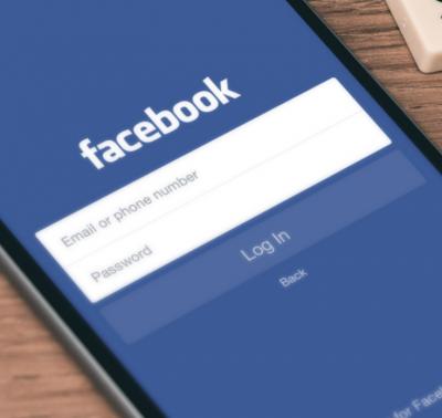 perchè facebook è blu, commento di espero