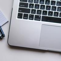 Impara ad insegnare: la formazione a distanza (FAD) per i tuoi clienti